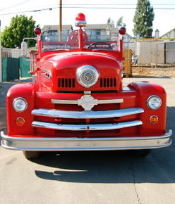 1952-seagrave-front-view